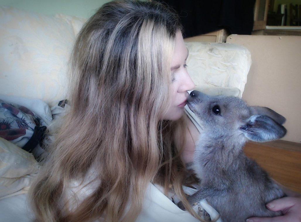 vanessa talbot kissing baby kangaroo